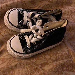 Toddler Black and white Converse